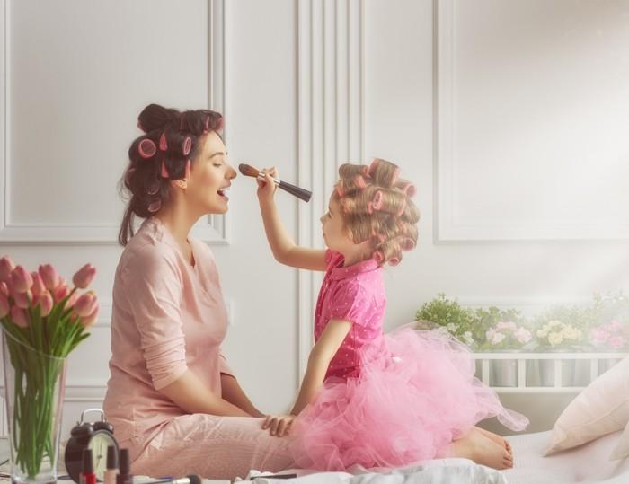 愛化妝打扮 孩子變老積?
