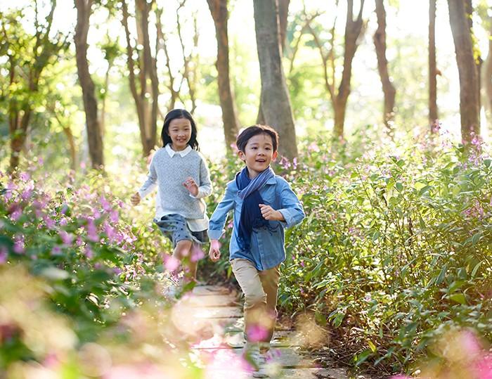去公園玩 發展感覺統合