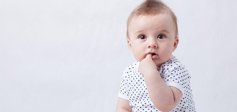 小朋友咬手指 是習慣還是病?